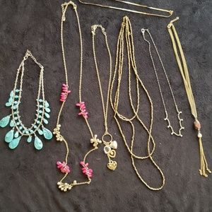 Lot of 7 necklaces